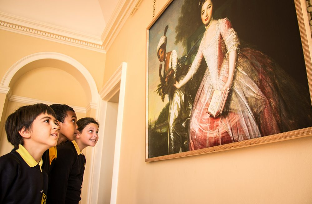 Children looking at the image of Dido Belle